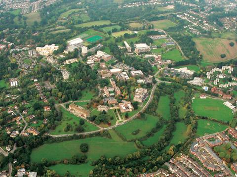 エクセター大学